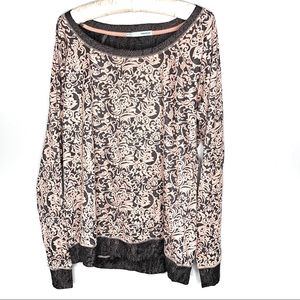 Maurices paisley gray & pink paisley long sleeve